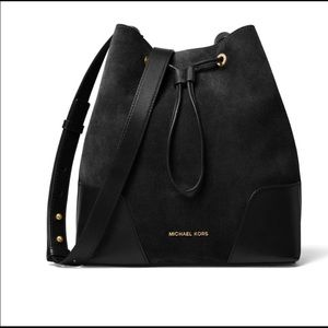 Michael Kors bucket bag!!